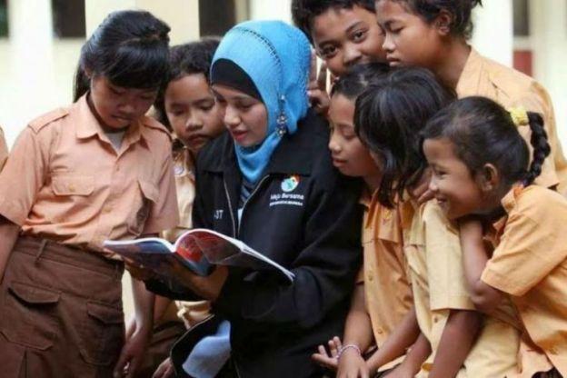 750x500-sekolah-di-indonesia-kekurangan-21-ribu-guru-agama-islam-1707044